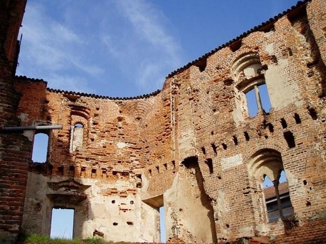 Castello consortile di buronzo buronzo vercelli - Castello di casanova elvo ...