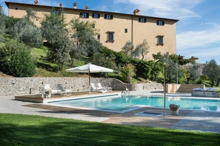 Villa il cerretino poggio a caiano prato for Cantagrillo piscine