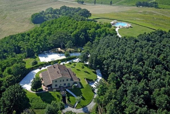 Matrimonio In Toscana Agriturismo : Agriturismo valliferone crespina pisa