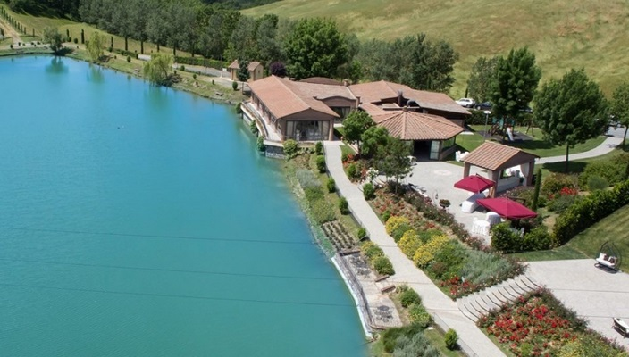 Matrimonio Lago Toscana : Location matrimonio toscana