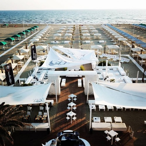 Ostras Beach Club Versilia